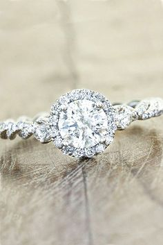 Engagement Rings : 18 Vintage Engagement Rings With Stunning Details Our collection of vintage