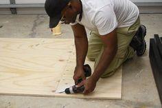 DIY Platform Bed With Floating Night Stands: 7 Steps (with Pictures) Pallet Bed Frames, Diy Bed Frame, Pallet Beds, Floating Bedside Shelf, Bedside Tables, Nightstand Plans, King Storage Bed, Wooden Pallet Furniture, Diy Furniture