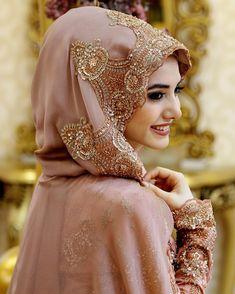 Bridal hijab for beautiful girls Muslimah Wedding Dress, Muslim Wedding Dresses, Hijab Bride, Muslim Brides, Muslim Dress, Bridal Dresses, Muslim Girls, Muslim Couples, Beautiful Muslim Women