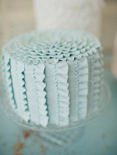 decorate your #wedding cake with ribbon icing! beautiful cake by sugar and spice cakes (www.sugarandspicecakes.com.au), photo by pobke photography (www.pobkephotography.com)