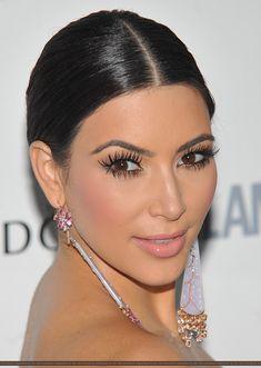 big lashes winged liner makeup  kim kardashian