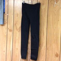 leggings So comfortable. Worn twice! Pants Leggings