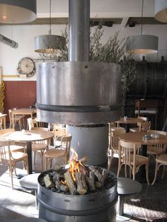 De Machinist in Rotterdam Rotterdam, Delft, Schmidt, Restaurants, Outdoor Decor, Home Decor, Homemade Home Decor, Restaurant, Interior Design