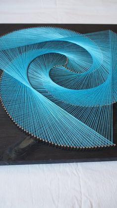 String Wall Art, Diy Wall Art, Diy Wall Decor, Room Decor, String Art Tutorials, String Art Patterns, Art Deco Fabric, Boat Drawing, Wood Workshop