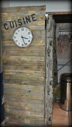 Petit pan de mur en bois de palettes customisé !