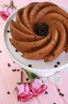 Bundt Cake de queso mascarpone y pepitas de chocolate