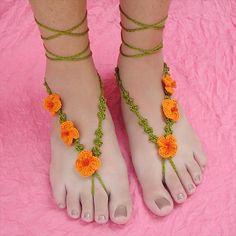 DIY Crochet Barefoot Poppy Sandals | 101 Crochet