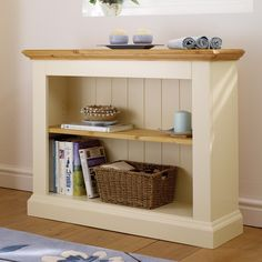 Wiltshire Painted Cream Wide Bookcase 2 Shelves (D574) with Free Delivery | The Cotswold Company
