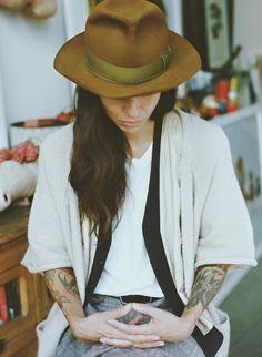 I absolutely love her portraits! Tasya van Ree / - The thinker