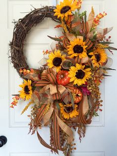 Fall or Autumn Grapevine Wreath by WilliamsFloral on Etsy… Thanksgiving Wreaths, Autumn Wreaths, Holiday Wreaths, Halloween Wreaths, Wreath Fall, Mesh Wreaths, Wreath Crafts, Diy Wreath, Grapevine Wreath