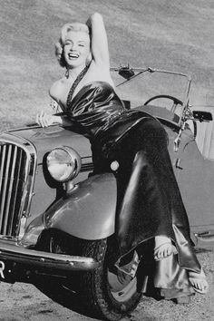 """ourmarilynmonroe: """" Marilyn Monroe photographed by Frank Worth, 1953. """""""