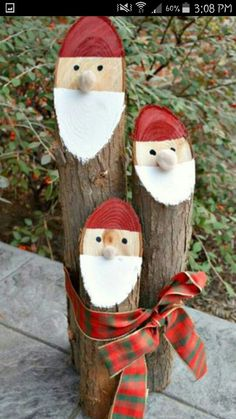 Tree stump snowmen