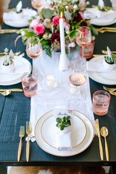 Gold and blush dinner party from @bedbathbeyond. Prettiness brought to you by #BedBathAndBeyond #Ad