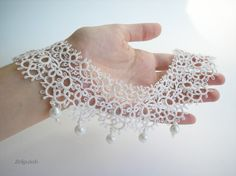 White snow necklace 2 with beads, tatted, crochet jewelry, gift for her, wedding collar Filet Crochet, Col Crochet, Crochet Amigurumi, Crochet Collar, Irish Crochet, Tatting Necklace, Tatting Jewelry, Lace Necklace, Lace Jewelry