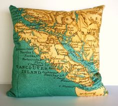 Throw cushion cover with Vancouver Island on it. Made of organic cotton. From the mybeardedpigeon ETSY store.