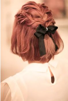 Adorable Hairstyle! Love the Bow! #cutehairstyles #hairbows