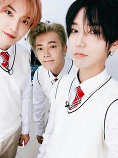 My classmates ✌    #Super #Yesung #Kpop