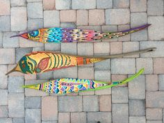I am a tropical artist from Bradenton, FL. My goal is to bring my art to you through a wide array of colorful purses for the tropical lifestyle. Here's to livin' the beach life thru a tropical world of color. Palm Tree Crafts, Palm Tree Art, Leaf Crafts, Palm Frond Art, Palm Fronds, Fish Wall Art, Fish Art, Dry Leaf Art, September Art