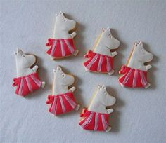 Moomin cookies Cookie Designs, Cookies, Baking, Desserts, Food, Crack Crackers, Tailgate Desserts, Deserts, Biscuits