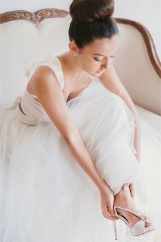 perfect ballerina bun / Anthony Hoang Photography