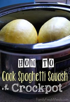 How to Cook Spaghetti Squash in the CrockPot from Family Fresh Meals; what a great idea! [via Slow Cooker from Scratch] How to Cook Spaghetti Squash in the CrockPot from Family Fresh Meals; what a great idea! [via Slow Cooker from Scratch] Crock Pot Slow Cooker, Crock Pot Cooking, Slow Cooker Recipes, Low Carb Recipes, Real Food Recipes, Crockpot Recipes, Cooking Recipes, Yummy Food, Healthy Recipes
