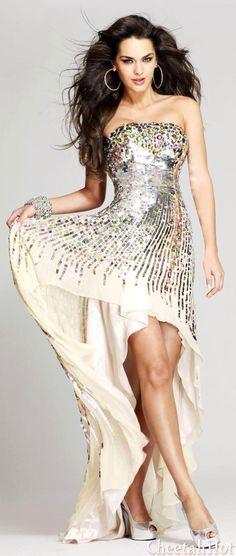 SHERRI HILL - Designer Dress Stunning Strapless Gown