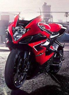Suzuki GSXR  www.facebook.com/GarvsMeanMachine www.tumblr.com/blog/garv-speed-machines
