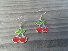 rote retro Kirschen Cherry Rockabella Ohrringe  von Küstenmädel auf DaWanda.com