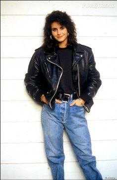 90s Fashion, Vintage Fashion, Fashion Outfits, Vintage Style, Monica Gellar, Cybill Shepherd, Courtney Cox, Friends Moments, Mom Jeans