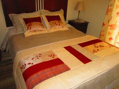 Piecera Bed Runner, Big Block Quilts, Quilt Blocks, Bad Cover, Quilt Bedding, Bedspreads, Table Runners, Bed Sheets, Cushions