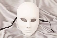 blank Mask to decorate - Volto