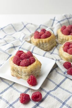Raspberry gallettes