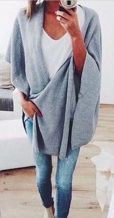 #fall #fashion / gray knit cape