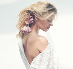 Model Lily Donaldson exudes a soft and subtle beauty in 'The New Age', styled by Marina Gallo.  Photographer David Bellemere captures the soft sensuality for Porter Magazine No. 10.  http://www.anneofcarversville.com/style-photos/2015/7/31/lily-donaldson-in-the-new-age-by-david-bellemere-for-porter.html