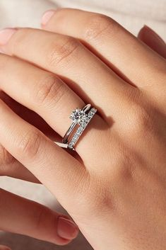 Cute Engagement Rings, Round Solitaire Engagement Ring, Princess Cut Engagement Rings, Platinum Engagement Rings, Engagement Ring Settings, Solitare Ring, Timeless Engagement Ring, Inexpensive Engagement Rings, Most Beautiful Engagement Rings