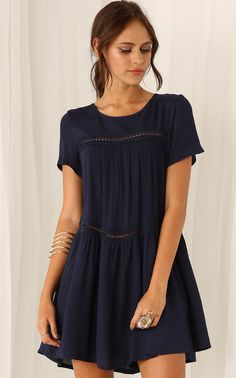 Shop Navy Short Sleeve Shift Dress online. Sheinside offers Navy Short Sleeve Shift Dress & more to fit your fashionable needs. Free Shipping Worldwide!