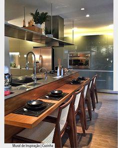Sonho de consumo do dia!! Cozinha ilha com bancada em inox.  Arquiteturade♥️ #arquiteturadecoracao #kitchen #cozinha #olioliteam