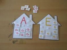 Preschool Apple Activities, Vowel Activities, Activities For 2 Year Olds, Toddler Learning Activities, Montessori Activities, Alphabet Activities, Teaching Kindergarten, Preschool Activities, Teaching Language Arts