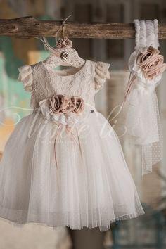Μπεζ ιβουάρ φόρεμα βάπτισης Venti Li με κορδέλα για τα μαλλιά, annassecret, Χειροποιητες μπομπονιερες γαμου, Χειροποιητες μπομπονιερες βαπτισης Girls Dresses, Flower Girl Dresses, Wedding Dresses, Fashion, Dresses Of Girls, Bride Dresses, Moda, Bridal Gowns, Alon Livne Wedding Dresses