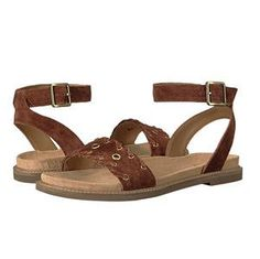 a4efe68ff1c 12 Sandals With Arch Support for Walking Around All Day