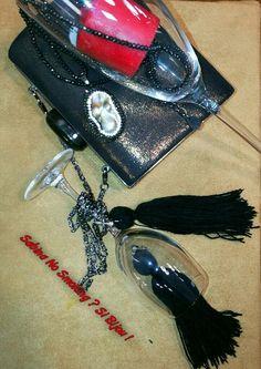 Orecchini #sabinanosmokingsibijou creazioni artigianali boho stile Vetrina #sabinanosmokingsibijou #viamilano52 Cesenatico