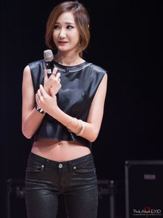 #EXID #LE her hair looks so pretty like this