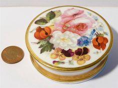 Antique Georgian c1810 Screw Top Hand Painted Porcelain Box FLORAL & Gilt