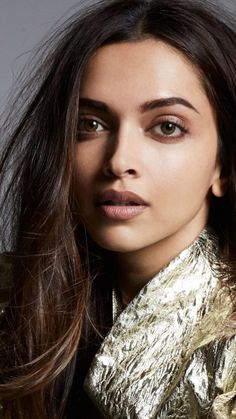 Deepika Padukone adopted a Maharashtrian village 'Ambegaon'. Indian Film Actress, Beautiful Indian Actress, Beautiful Actresses, Indian Actresses, Deepika Padukone Hair, Deepika Padukone Wallpaper, Indian Celebrities, Bollywood Celebrities, Bollywood Actress