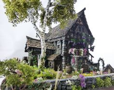 Converted Building by Simone Pohlenz Fantasy House, Fantasy Map, Medieval Fantasy, Architectural Sculpture, 3d Modelle, Medieval Houses, Paper Mache Crafts, Painting Competition, Wargaming Terrain