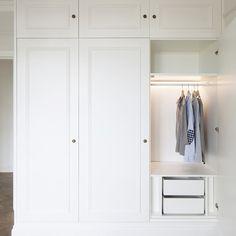 Bedroom closet design built in wardrobe dressing rooms 33 ideas Wardrobe Drawers, Wardrobe Doors, Wardrobe Closet, Hanging Wardrobe, White Wardrobe, Closet Wall, Entry Closet, Bedroom Closet Design, Closet Designs