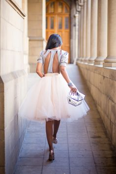 Walk in Wonderland: Tulle Skirt http://fashioncognoscente.blogspot.com