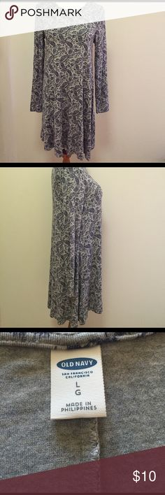 Long Sleeve Shift Dress Beautiful and super soft long sleeve shift dress. Size large and from Old Navy. In excellent condition. Old Navy Dresses Long Sleeve