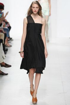 Chalayan Spring 2014 Ready-to-Wear Collection Slideshow on Style.com