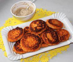 Tomatencouscous-Karotten-Laibchen Vegan, Muffin, Breakfast, Food, Meat, Carrots, Eat Lunch, Easy Meals, Food Food
